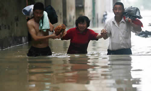 China: Natural Disasters Cause 449 deaths in First Half of 2011