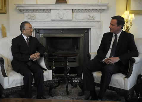 British PM Meets Chinese State Councilor on Bilateral Cooperation