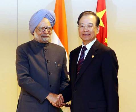 Wen Jiabao meets with Indian Prime Minister Manmohan Singh